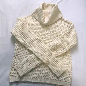☁️Knit Turtle Neck Sweater